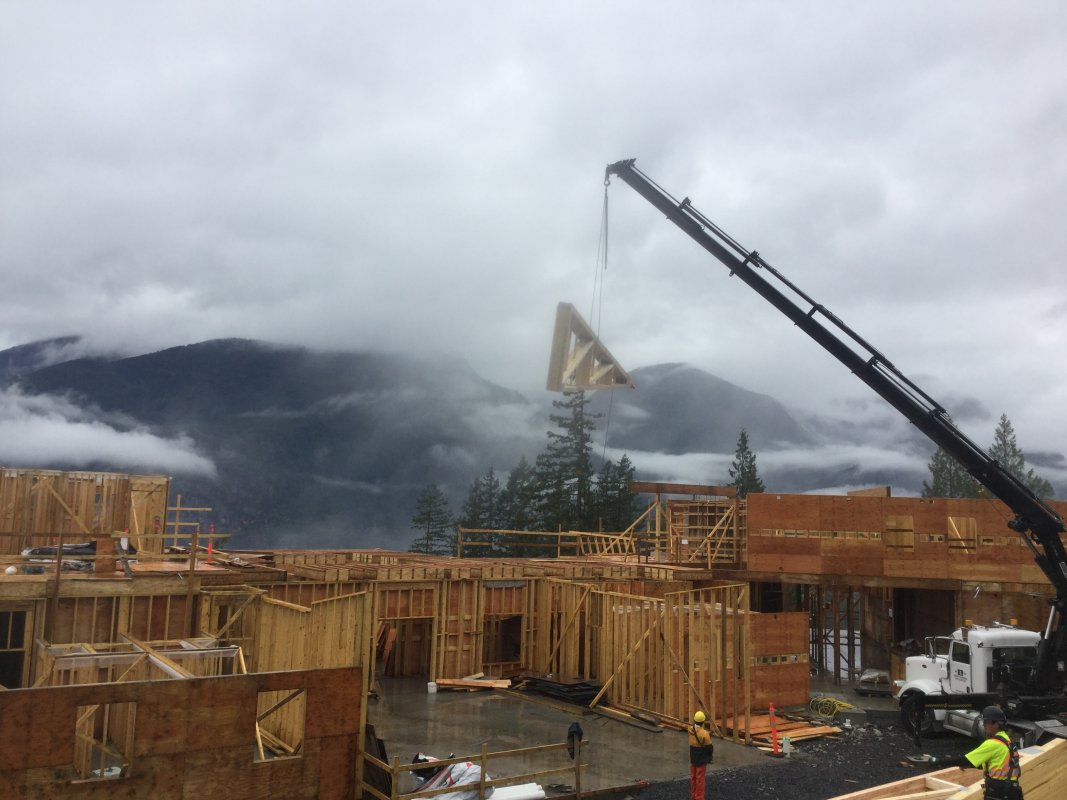 CRCC Trusses installation 2