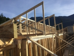 Dec 4 - Second floor trusses, clerestory window
