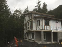 Sept-12-Gatehouse-roof-complete